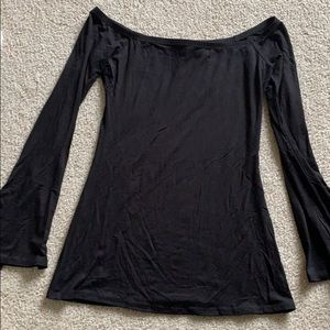 Tops - Vici dolls bell sleeve off shoulder top small